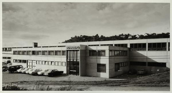 Neubau in Leonberg 1970 für die Produktion der Shell - Atlanten